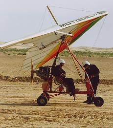 Tunisian Sahara by ultralight! Have an unforgetable adventure in the desert of Tunisia.